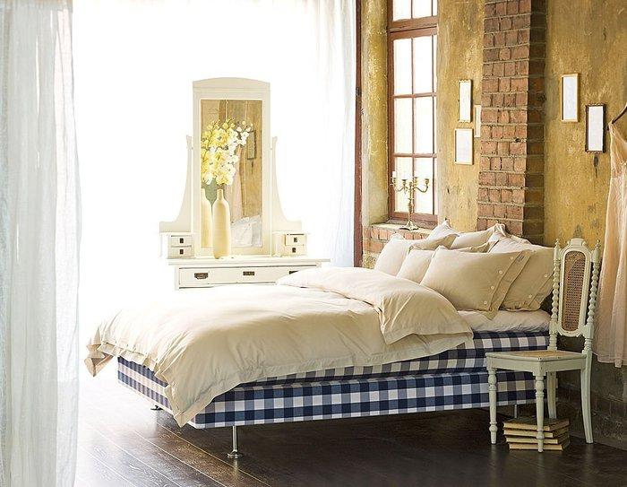 Hastens e la camera da letto in stile shabby chic arredamenti pjm international - Camere da letto shabby moderno ...